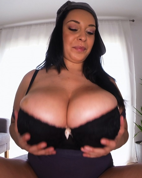 Huge Tits Galore