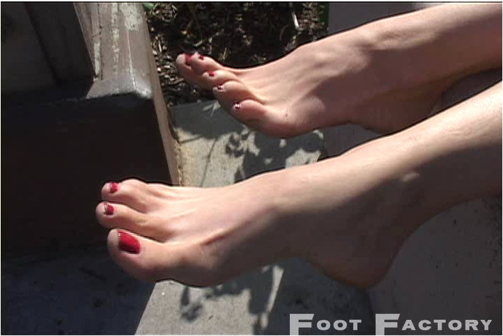 FootFactory026_cover,