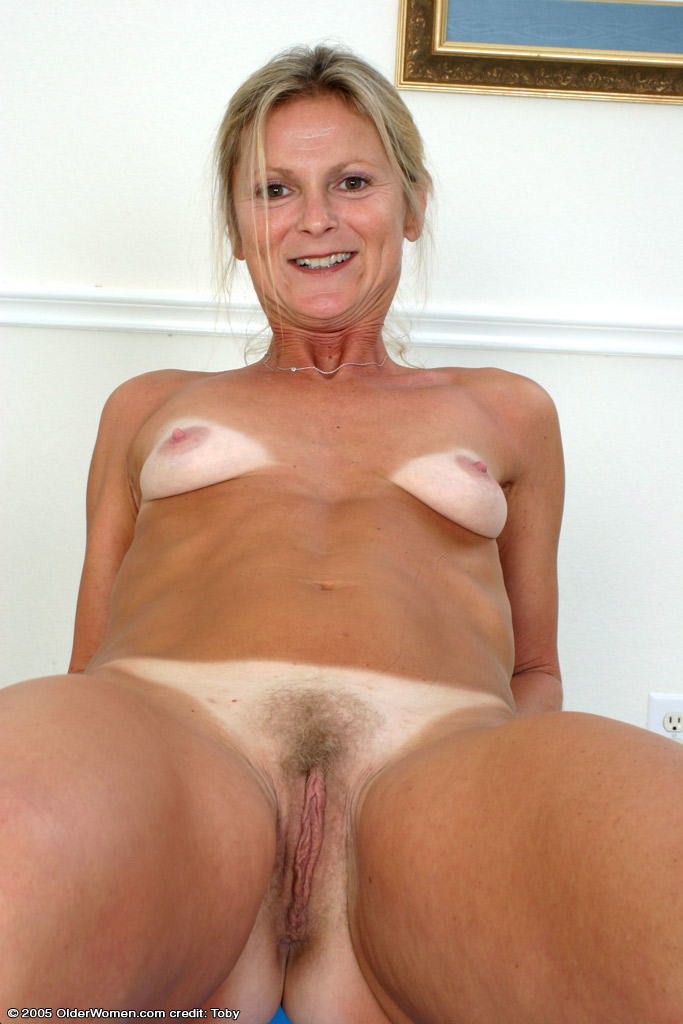 Tiny young girl pussy